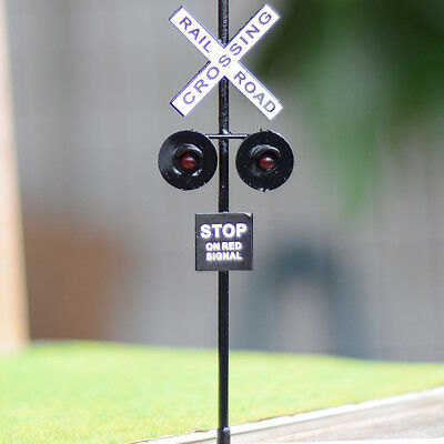 6 pcs O Scale Railroad Crossing Signals 2 heads LED made + Circuit board flasher
