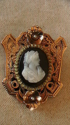 Antique 14K R/y Gold Black & White Cameo Pin/pendant