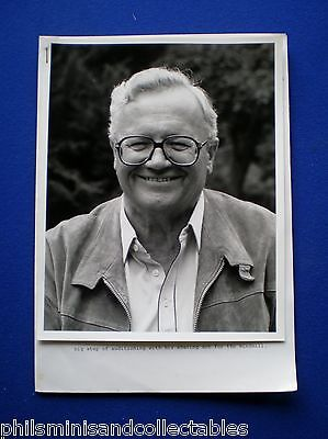 HIGHWAY TV Series Harry Secombe - UK. Promotional Press Kit 1984
