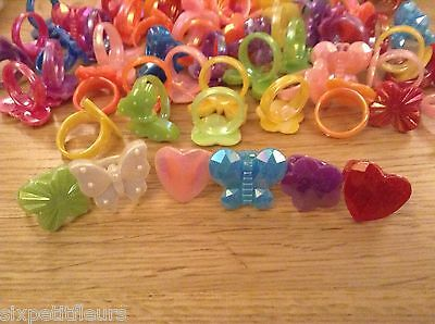 25 shiny plastic kids childrens rings joblot party bags wholesale flower (K) UK