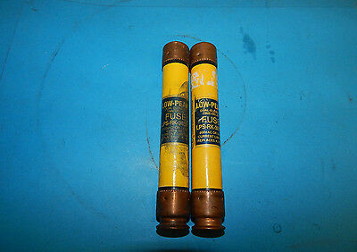 Lot of 2 Bussmann LPS-RK-30SP Low-Peak Fuses 30Amp 600Volt LPSRK30SP