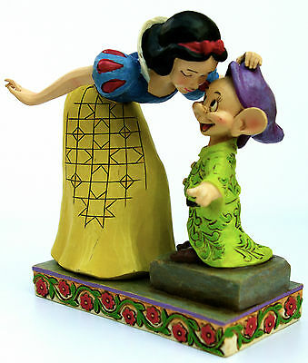 """Disney Traditions """"Sweetest Farewell"""" SNOW WHITE Kissing DOPEY Statue/Figurine"""