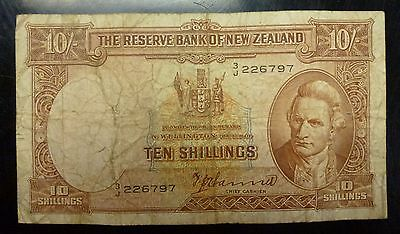 10 shillings New Zealand issued 1940-45  P 158a