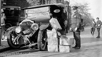 "Vintage car wreck crash Bootleggers Moon Shiners Busted 1922 old photo 8""x10"""