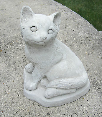 """CONCRETE CAT STATUE OR USE AS A MONUMENT """"CUTE"""""""