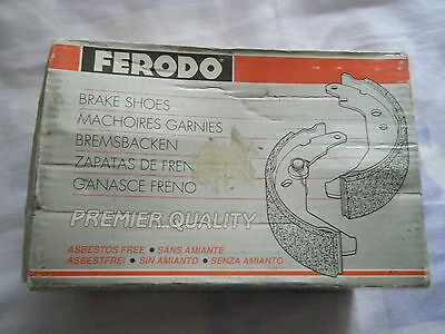 Brand New and Boxed Ferodo Skoda Favorit Rear brake shoes