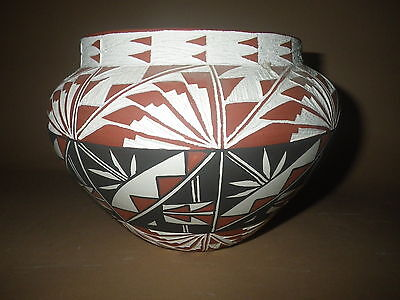 "FINE OLD ACOMA PUEBLO NATVIE AMERICAN INDIAN HANCOILED POTTERY POT - 5.5"" X 5.5"""