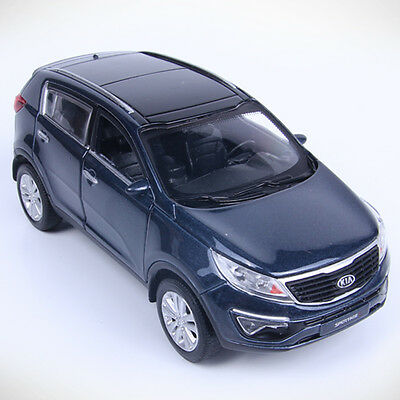 KIA SPORTAGE R 2013 Black/Diecast/Front door open/Pul back