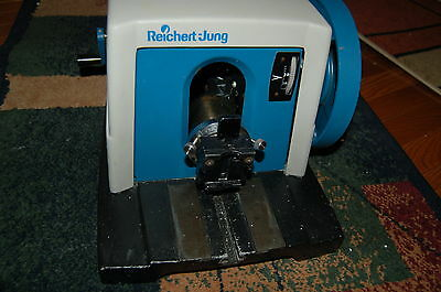 Reichert-Jung model 820  Histocut Microtome rotary