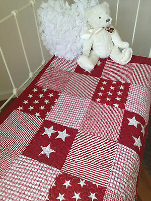 Lachlan Red Stars Baby Boys or Girls Nursery Cotton Quilted Cot Quilt