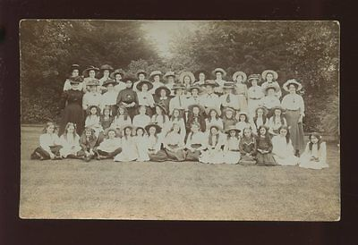 Hampshire CHRISTCHURCH YWCA group Daisy House 1909 RP PPC Geo Moss ref1