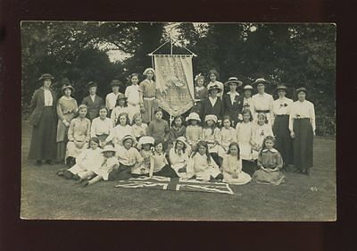 Hampshire CHRISTCHURCH YWCA Juniors group + banner Daisy House 1915 RP PPC Moss