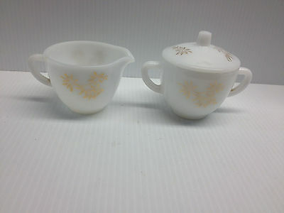 Vintage Federal Glass Sugar Bowl And Cream Pitcher