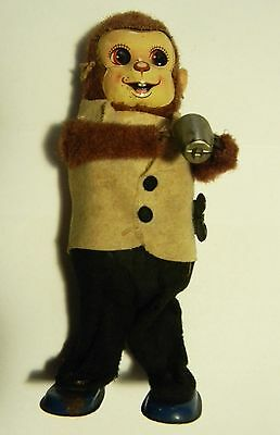 Vintage Monkey Bartender Mixes Drink Shakes VG Working Condition