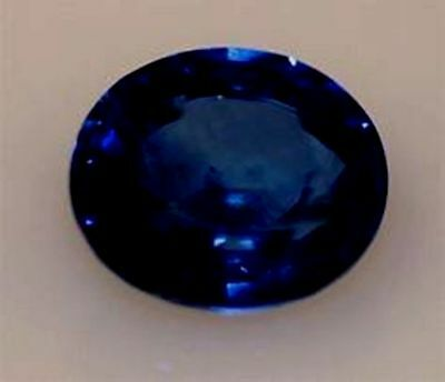 2.5 ct  Sapphire Oval New Vintage Genuine Corundum Swiss Made Synthetic 9 x 7