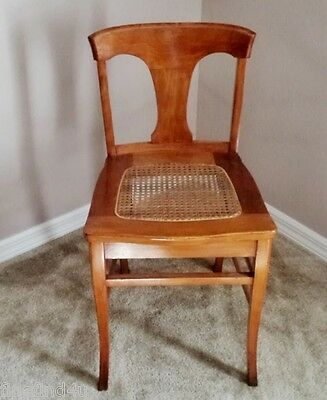 VINTAGE CANE SEAT LOW BACK SEWING / VANITY CHAIR QUEEN ANNE LEGS