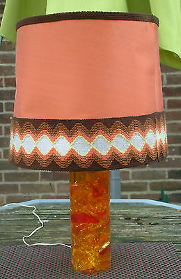 VINTAGE SHATTERLINE CRUSHED ICE 1960s/70s ORANGE RESIN LAMP LAMPE PERIOD SHADE