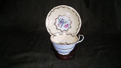 VINTAGE AYNSLEY BONE CHINA ENGLAND YELLOW TEA CUP W/ SAUCER & WOOD DISPLAY STAND