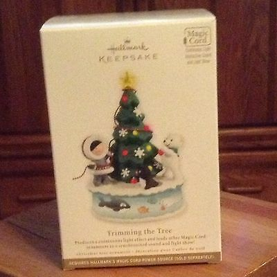 2012 Hallmark Trimming The Tree Ornament Magic Cord Frosty Friends