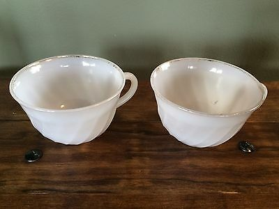 """Set of 2 Vintage Anchor Hocking Fire-King White Swirl With Gold Rim Cups 4"""""""