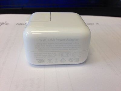 Original Apple MD836LL/A 12W USB Power Adapter Wall iPad 1/2/3/Air/Air 2 Charger