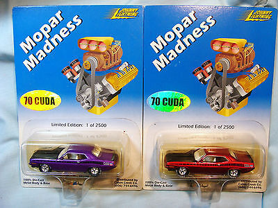 LE RARE 2 Set Johnny Lightning Mopar Madness 70 Cuda's  Real Rubber Tires MINMP
