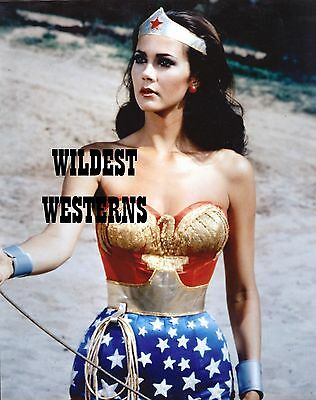 LYNDA CARTER Sexy Busty Photo HOT CANDID Wonder Woman LOCATION SHOT Rare