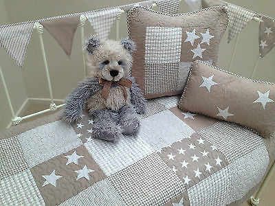 4 pce Lachlan Natural Stars Baby Boys Girls Cot Quilt Cushions Bunting Set