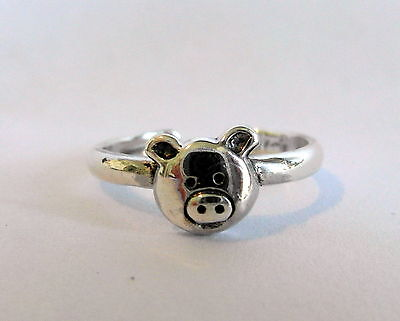 Sterling Silver (925) Piggy  Toe Ring !!    Brand  New  !!
