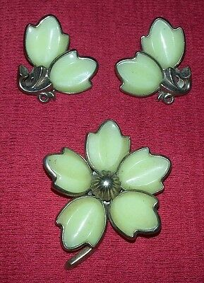 CROWN TRIFARI PHILIPPE Poured Glass RARE YELLOW DOGWOOD Brooch Pin Earrings Set