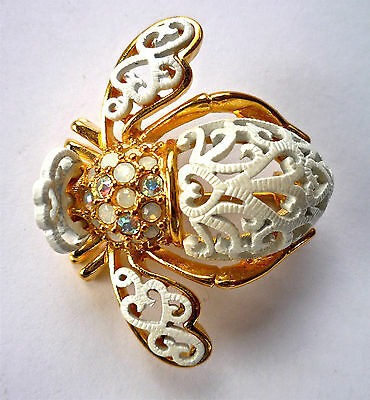 """Joan Rivers RARE """"WITH THIS BEE I THEE WED"""" The only one on e-bay! Bee Brooch"""