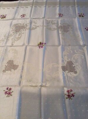 """Vintage 1950's Embroidered Floral Damask Tablecloth~39"""" x 40""""~EUC"""