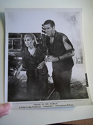 Vintage 1964 CRACK IN THE WORLD Sci Fi Movie Press Photograph #99