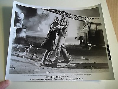 Vintage 1964 CRACK IN THE WORLD Sci Fi Movie Press Photograph #100