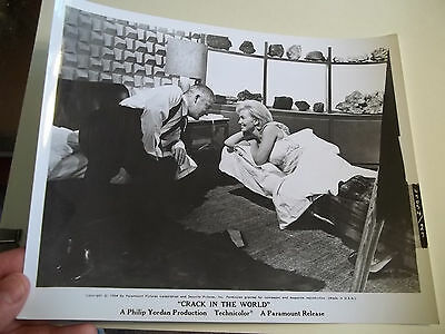 Vintage 1964 CRACK IN THE WORLD Sci Fi Movie Press Photograph #27