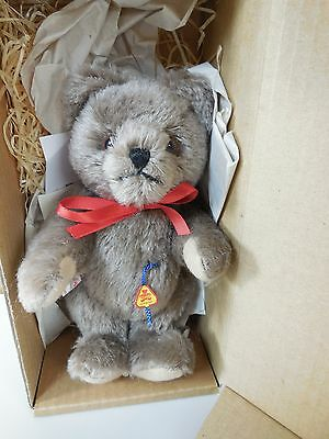 """The Ashton-Drake Galleries Clemens Bear """"Emil Plusch"""" made in Germany NO. 92-809"""