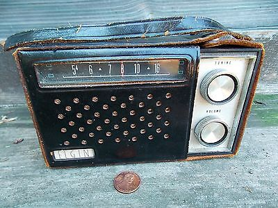 VINTAGE ELGIN TEN TRANSISTOR RADIO, BLACK BODY, LEATHER CASE, JAPAN, NR!