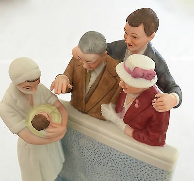 "LG NORMAN ROCKWELL MUSEUM MUSIC BOX FIGURINE ""THE NEW ARRIVAL""  7.5x5x4"" 1.5 LBS"