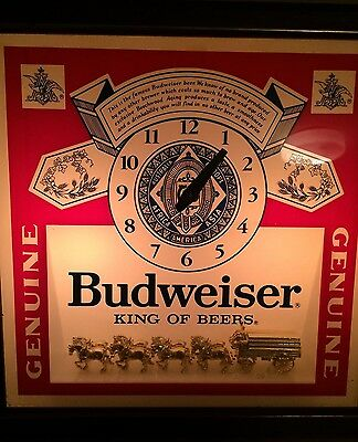 Vintage Budweiser Lighted Clock with Clydesdales