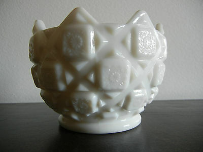 Vintage Westmoreland White Milk Glass Old Quilt Pattern Bowl Dish Collectible