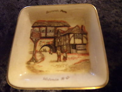 Souviner from Victoria BC Lancaster and Sandland collector plate tray Hanley