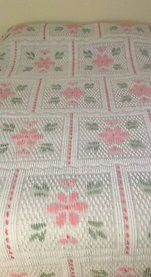Vintage White Chenille Bedspread with Pink/Green Floral Design Twin 74x104