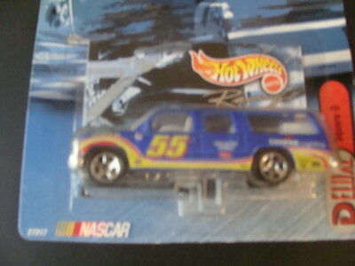 #55 SQUARE  D SUBURBAN - KENNY WALLACE - HOT WHEELS 1:64 1999 DELUXE SERIES