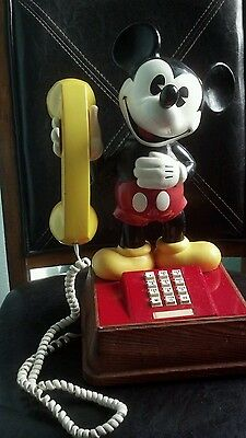 Vintage 1970's Authentic Mickey Mouse Push Button Phone Working Condition!