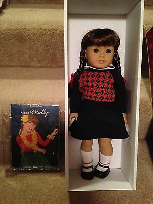 AMERICAN GIRL MOLLY RETIRED DOLL, BOOK & ACCESSORIES, all NEW IN BOX!