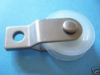 "25  1-3/4"" Nylon Pulleys with Stainless Steel  Bracket"