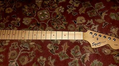 FENDER HELLO KITTY PINK STRATOCASTER GUITAR STRAT ELECTRIC SQUIER Maple Neck