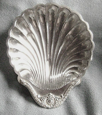 Vintage Wallace Clamshell Silverplate Serving Dish Excellent Cond. Free Shipping
