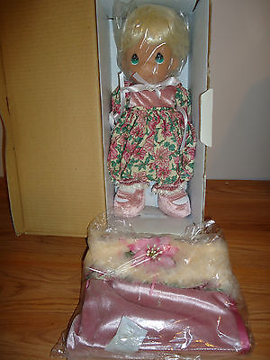 Precious Moments Porcelain Christmas Stocking Doll #8214 w/Box 2007