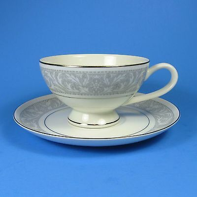 Imperial W. Dalton WHITNEY Cup & Saucer Set (s)